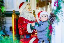 Ребенок и Санта